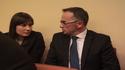 Ewelina Makowska obok wójta Marka Bzdeka, I sesja rady gminy Bochnia nowej kadencji, 1 XII 2014